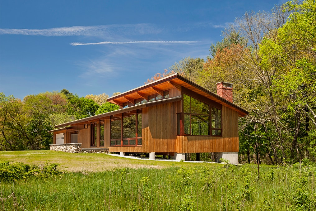 Acorn Deck House